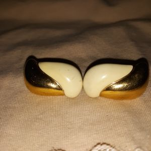 Vintage Cream and Gold-toned Post-back Earrings